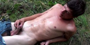 Naughty twink takes a piss outdoors